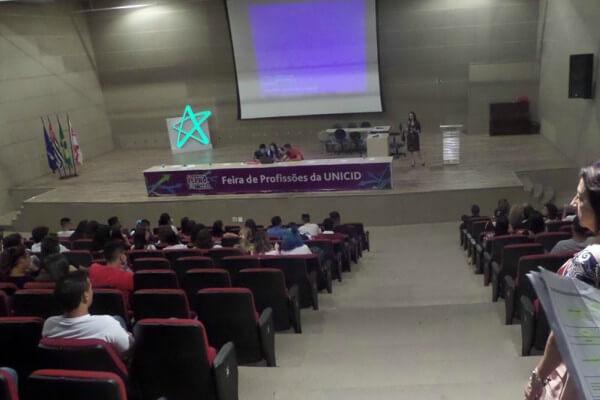Universidade Cruzeiro do Sul e UNICID realizam Feira de Profissões na Zona Leste