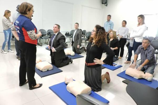 Faculdade Santa Marcelina oferece capacitação gratuita de primeiros socorros para professores